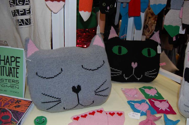 Kitty pillows!!