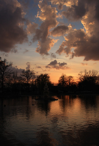 Sunset in Tower Grove by tfanetti
