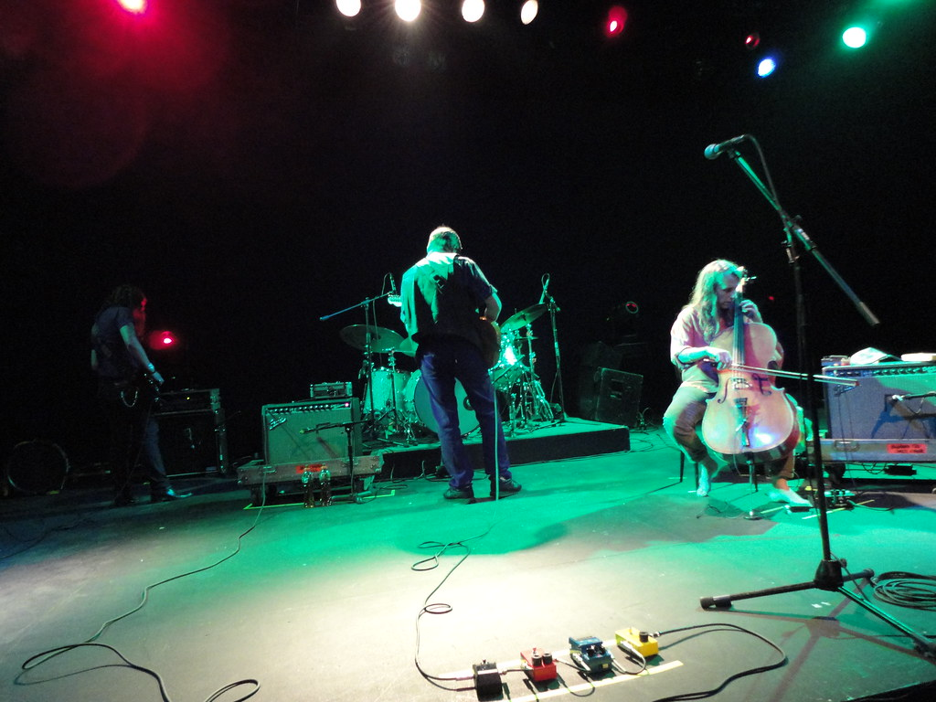Earth: Angelina Baldoz (bass), Dylan Carlson (guitar), Adrienne Davies (drums) and Lori Goldston (cello); at Lunario del Auditorio Nacional in Mexico City on October 8th, 2011. | Flickr - Photo Sharing!flickr-free-ic3d pan white