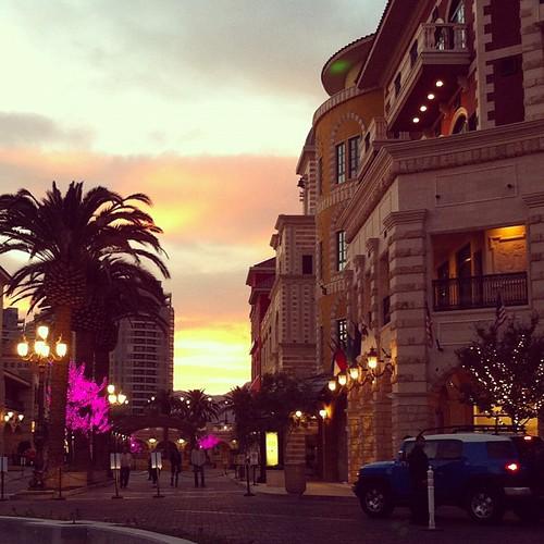 valencia square squareformat iphoneography instagramapp uploaded:by=instagram foursquare:venue=4d866896e83fa143eb8b8fa1