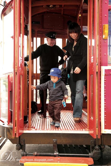 20111105_1 Tram ride 051