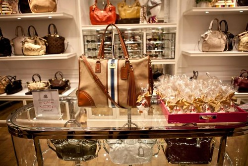 Coach & Fashion Foie Gras party - tote display