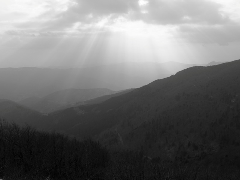 Rayons du soleil sur la vallée