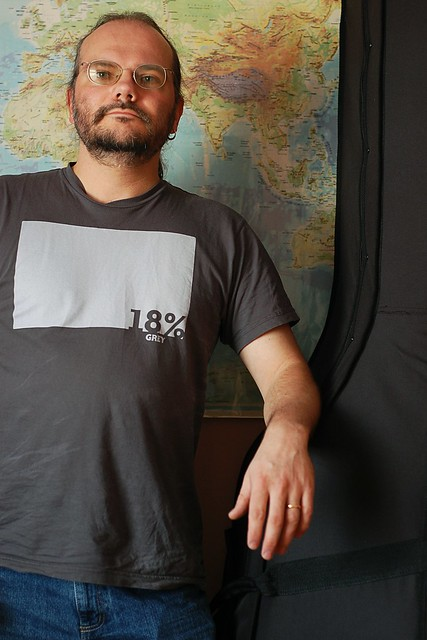 "Wulf in a T-Shirt with the motto ""18 Percent Grey"""