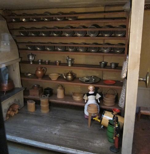 Kartanon keittiössä by Anna Amnell