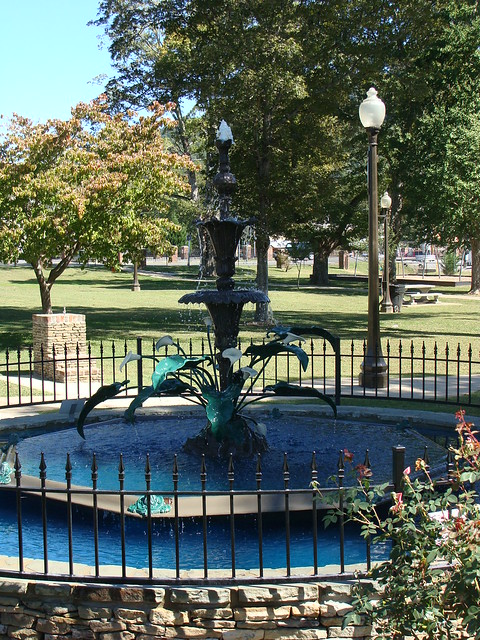 Fountain ft payne al flickr photo sharing