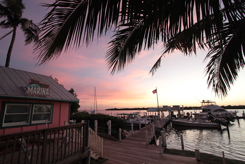 'Tween Waters Inn Marina