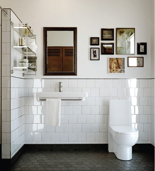 Ba os con azulejos hasta la mitad - Alicatar cocina o pintar ...