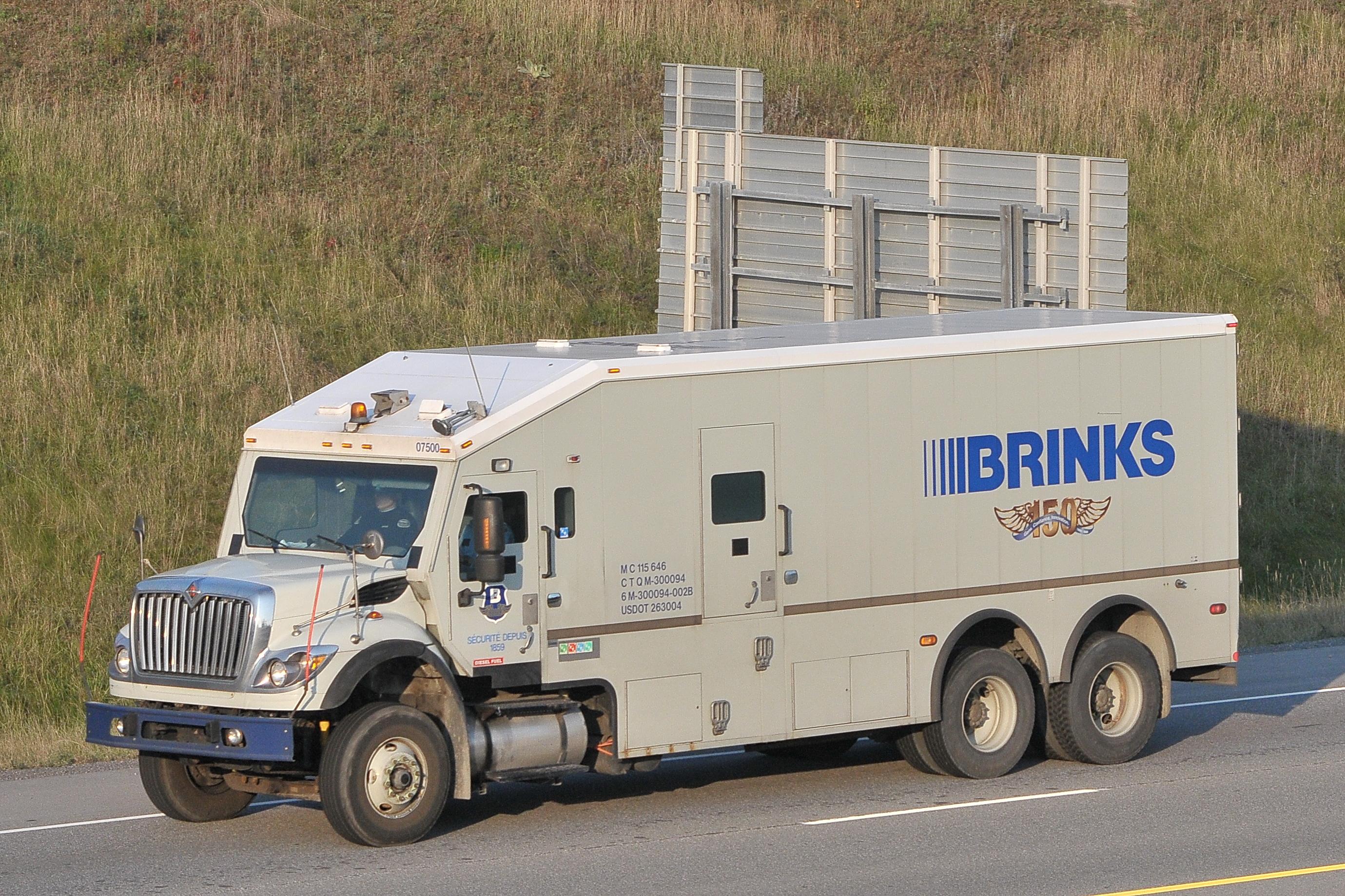 Brinks 07500 International armoured armored car truck ...