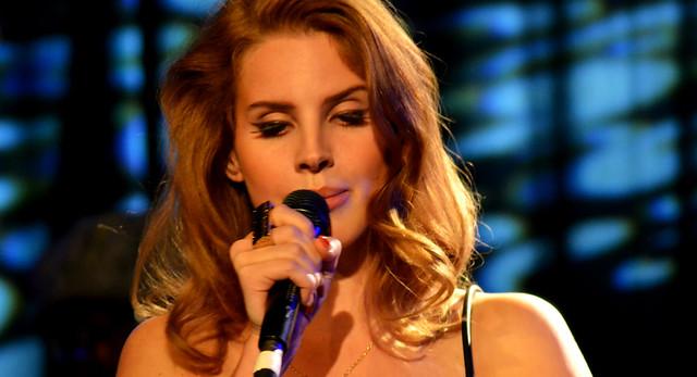 Lana Del Rey @ HMV Institute 17/11/11
