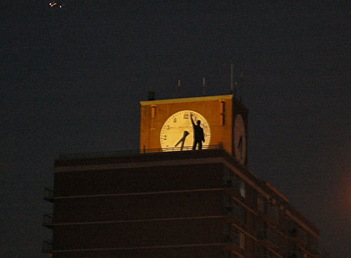 l'homme àl l'horloge.jpg
