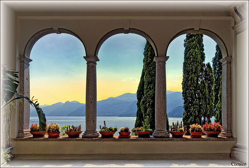 Il lago di Como da Varenna, Villa Monastero by cicrico