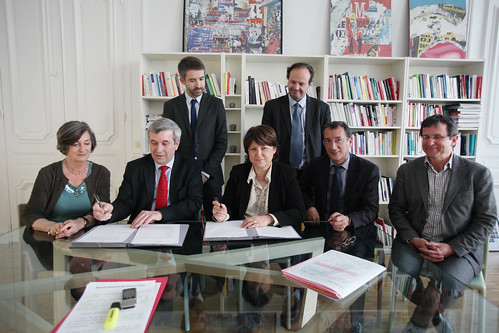Signature des accords PS  MRC
