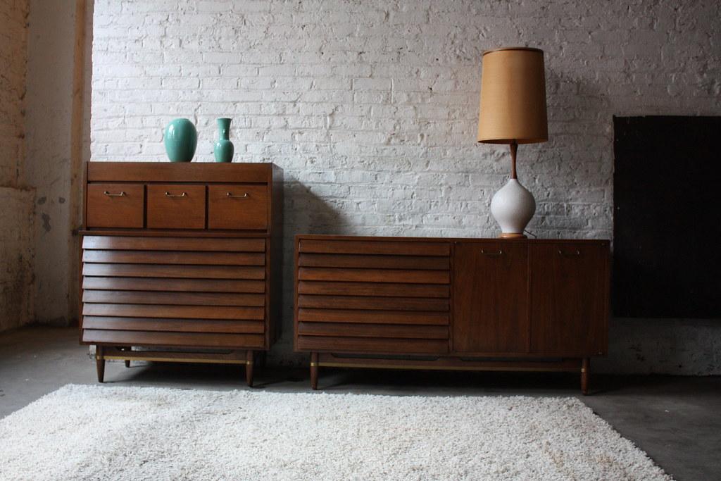 Extraordinary American Of Martinsville Mid Century Modern Bedroom Set  (Dania Collection 1963)