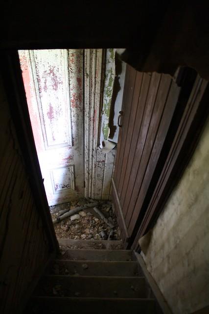 Servant's staircase