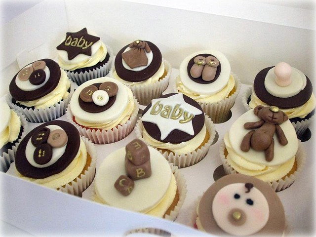 Baby shower cupcakes - unisex