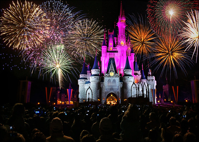 walt disney world - magic kingdom castle fireworks