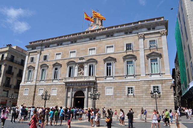 2011.07.25.174 - BARCELONA - Plaza de San Jaime - Palacio de la Generalidad de Cataluña