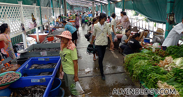 The Isan food section in Klong Toey Market