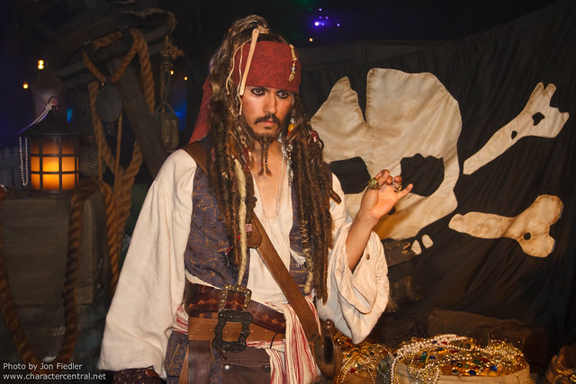 DL Oct 2011 - Meeting Captain Jack Sparrow