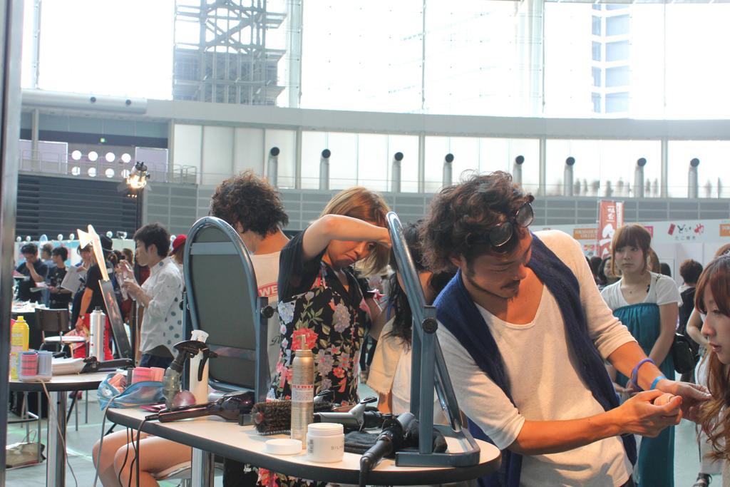 Tokyo Girls Collection 2011 AutumnWinter (6)