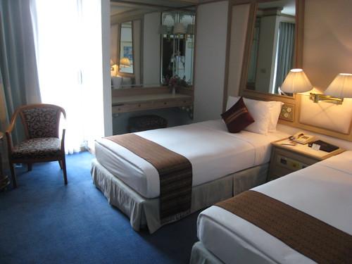 Montien room3