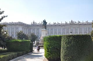 http://hojeconhecemos.blogspot.com/2011/10/do-plaza-del-oriente-madrid-espanha.html