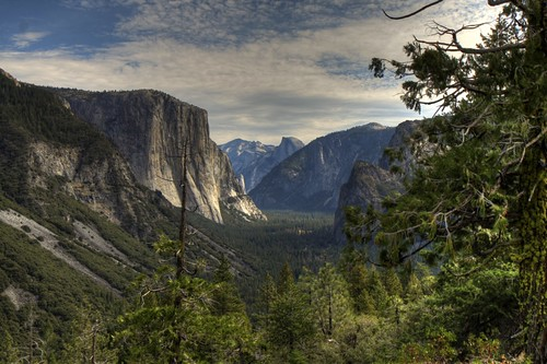 Inspiration Point, Pohono Trail, Yosemite (HDR)