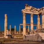 Attēls no Pergamon. city sea turkey greek temple mar ruins roman turkiye aegean ciudad romano ruinas empire trajan turquia templo izmir pergamon bergama griego trajano imperio egeo mysia pergamo