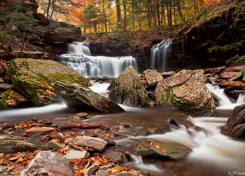 longexposure autumn orange santafe green water leaves yellow gold waterfall pennsylvania boulder foliage cpl rickettsglen theresalwaysnextyear panostitch onlyalittlemistonthelens