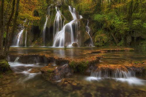 autumn france tree fall nature water forest automne canon photography eos photo waterfall eau long exposure sigma wideangle jura 7d 1020mm cascade foret arbre chute hdr franchecomté arbois photomatix philippesaire