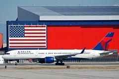 Delta Air Lines Boeing 757-232; N638DL@SLC;09.10.2011/621da