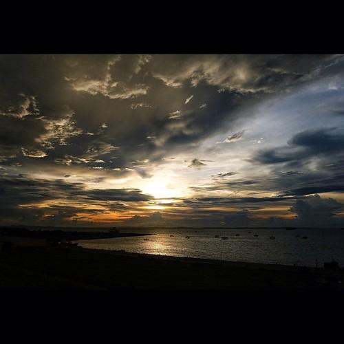 Bacolod sunset. Taken on top of the Pope John Paul II Memorial Tower at Bacolod City. || #bacolodcity #philippines #sunset #sea #horizon #instabai #igersmanila #igersdavao #elgeeramirez