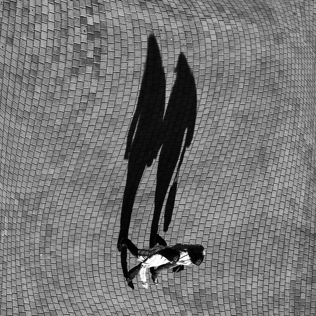 Vertigogos - Great Examples of Shadows in Street Photography