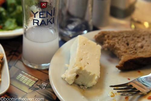 Rakı's perfect accompaniment: beyaz peynir
