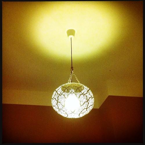 Ny lampa i sovrummet