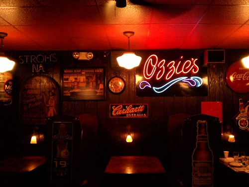 A Detroit favorite, Ozzies. by Fotochoice Photography