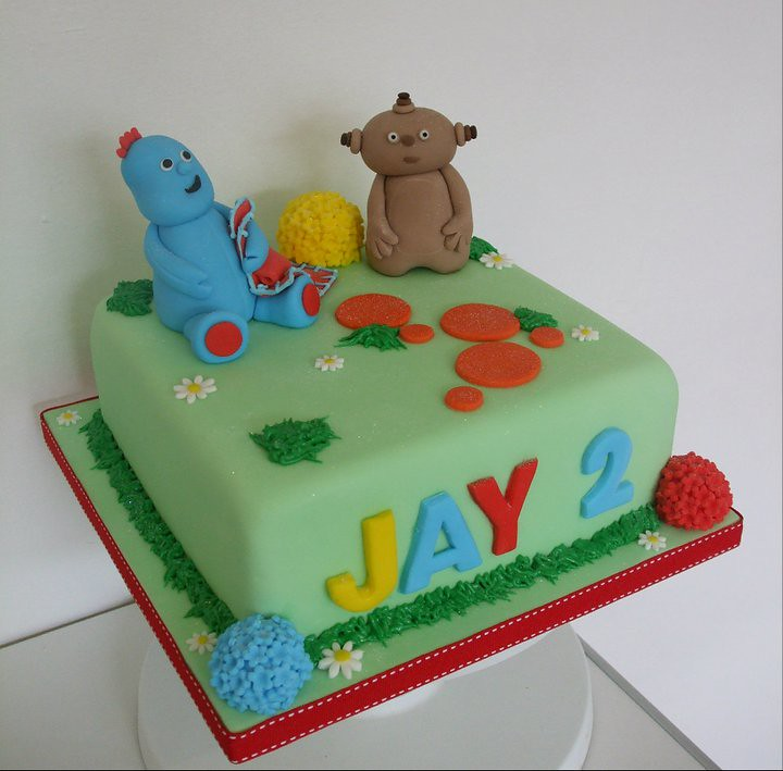 Trulycrumbtious 39 s most recent flickr photos picssr for In the night garden cakes designs