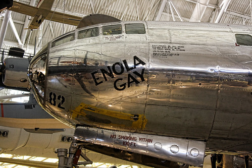 Chantilly VA - Steven F. Udvar-Hazy Center - Enola Gay B-29-Bomber Superfortress 02