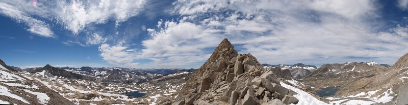 Thunderbolt Pass panorama, Palisade Basin on the left and Dusy Basin on the right