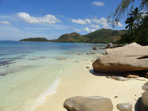 What to do in the Seychelles - visit Praslin Island
