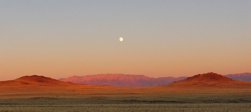 autumn sunset sky panorama moon mountains newmexico southwest west nature america landscape dusk availablelight albuquerque