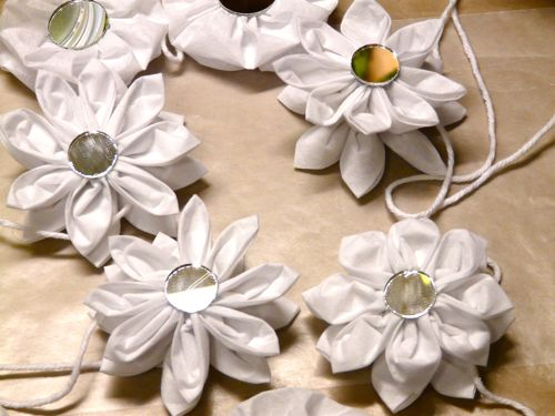 Kanzashi and Yoyo Garland