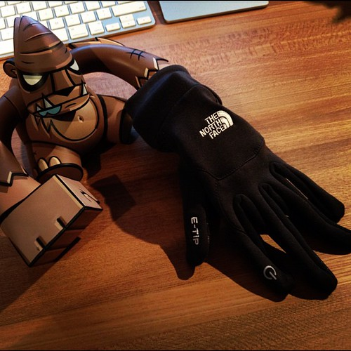 その4 指ぬきじゃないけどiPhoneをタッチできる手袋