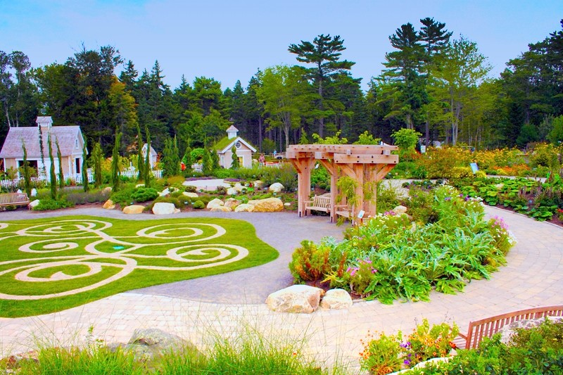 Coastal ME Botanical Gardens | Spruce Point Inn Resort & Spa