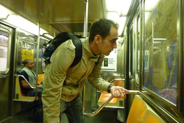 0330 - En el metro