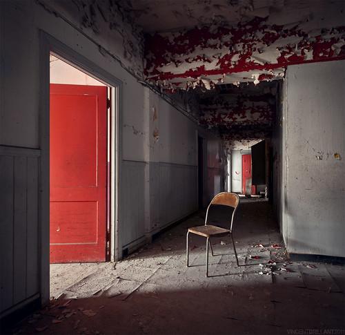 La chaise - (série) [EXPLORE]