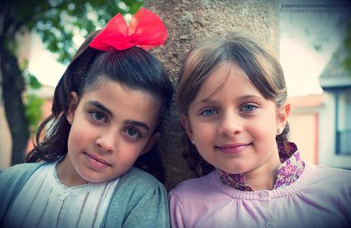 Mis amigas by José-María Moreno García = FOTÓGRAFO HUMANISTA