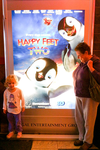 TN_happyfeet2