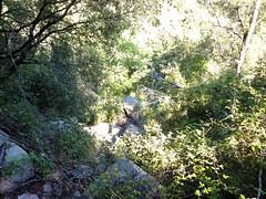 Reconnaissance par Valle Maggiore : les blocs en aval vers l'ancien captage